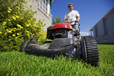 lawn-mower-safety-carolinas_thumb