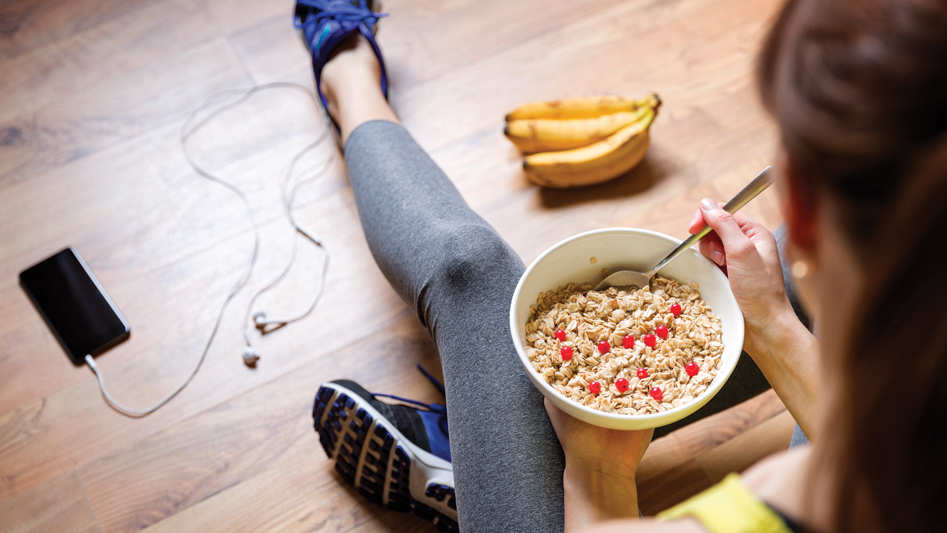 Getting the right nutrients before and after your workout can improve performance and keep you healthy. That's why we spoke with Jennifer Lowrie, RDN, CSSD, LDN, CDE, a board specialist in sports dietetics dietitian at Atrium Health, to get tips that you need to fuel your workout.