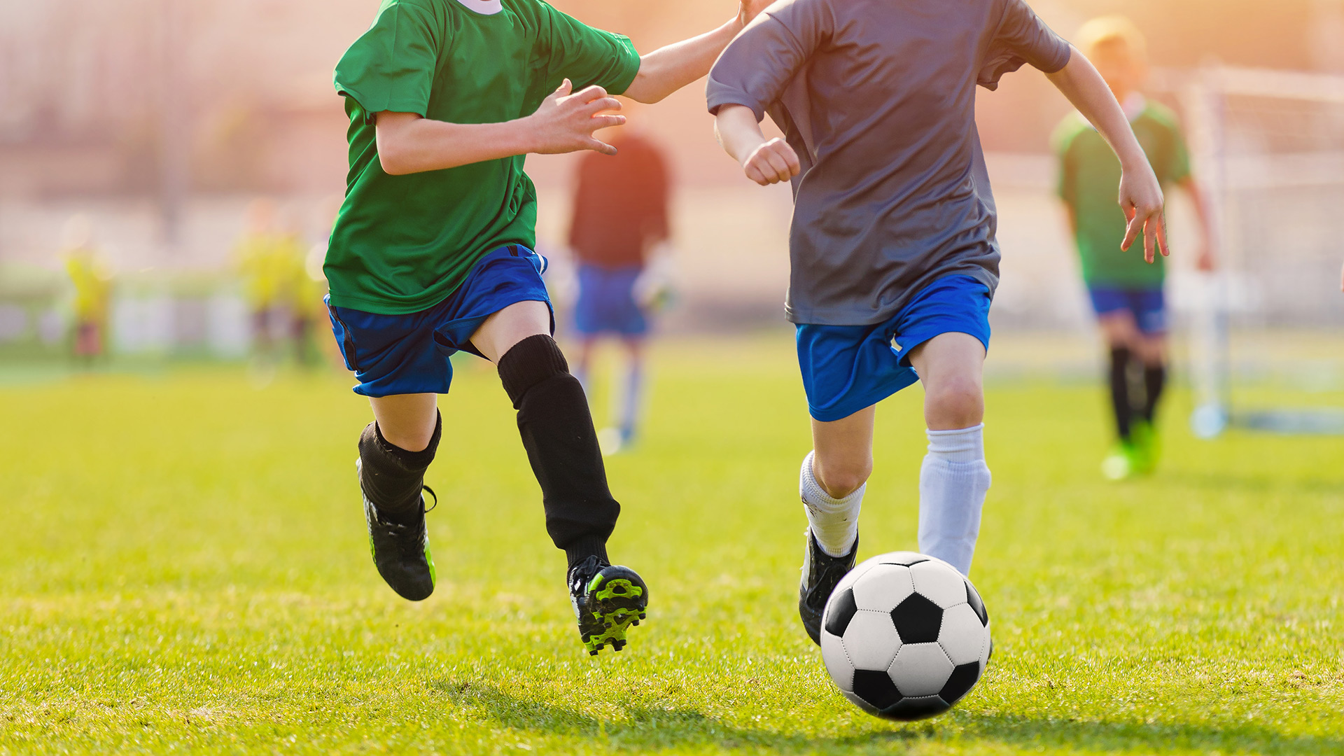 With the lifting of COVID-19 restrictions in many areas, lots of kids are getting back into team sports. Here's what parents and coaches need to know to keep kids healthy, safe, and active.